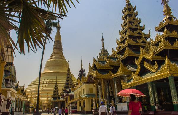 Shwedagon Pagoda - great spot if you love gooooooold.