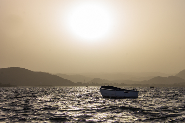 Sunset on Lake Pichola in Udaipur.